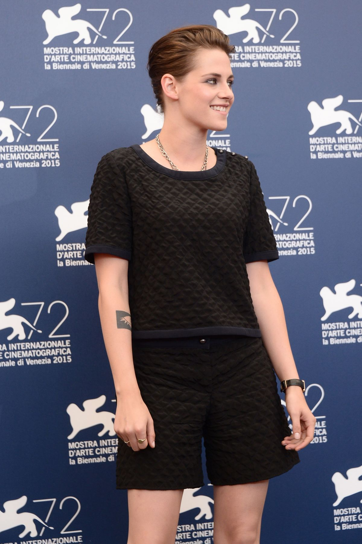kristen-stewart-at-equals-press-conference-at-2015-venice-film-festival-09-05-2015_1.jpg