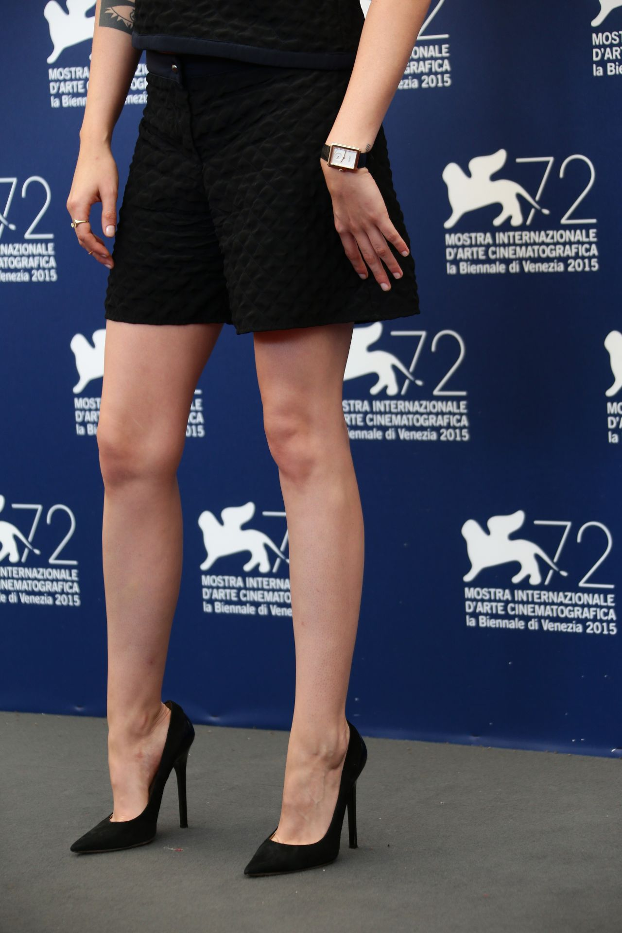 kristen-stewart-equals-photocall-and-press-conference-2015-venice-film-festival_18.jpg