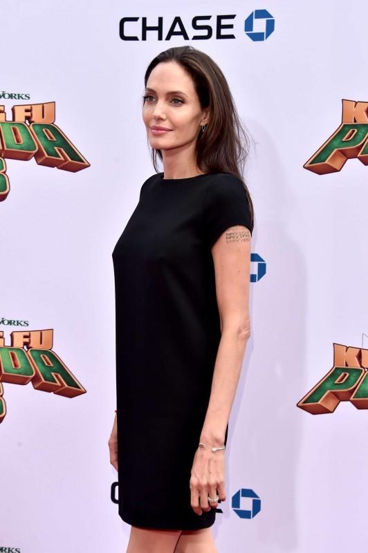 Angelina-Jolie--Kung-Fu-Panda-3-Premiere--02.jpg
