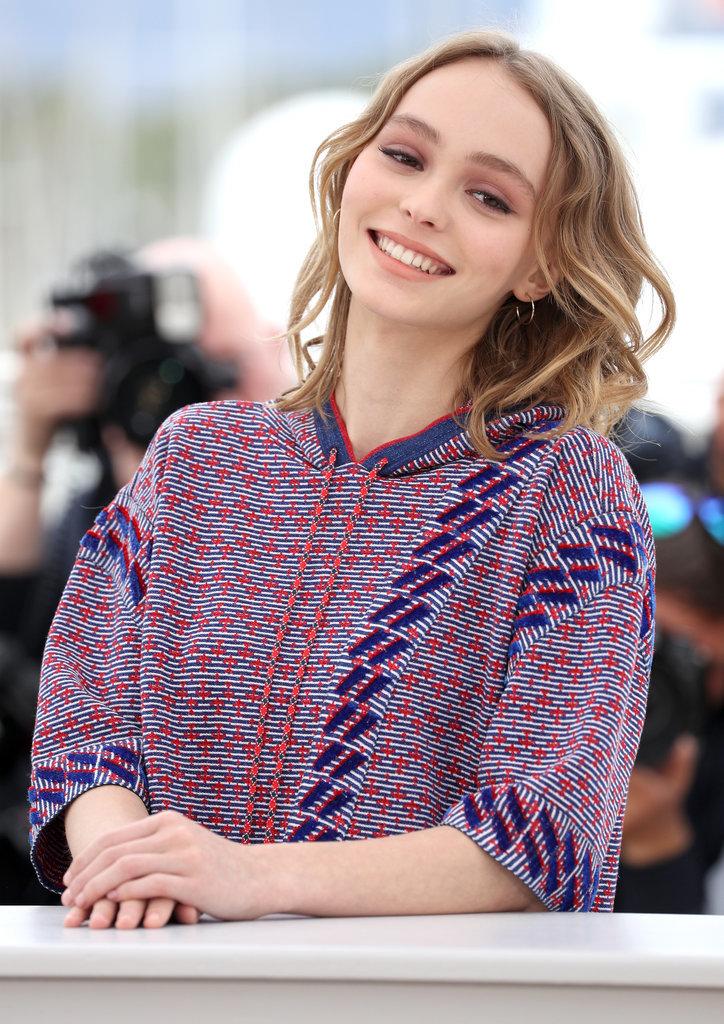 Lily-Rose-Depp-Vanessa-Paradis-Cannes-Film-Festival-2016-2.jpg