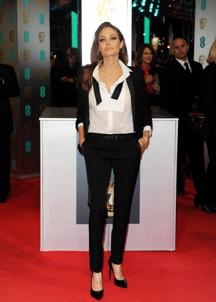 Angelina Jolie2