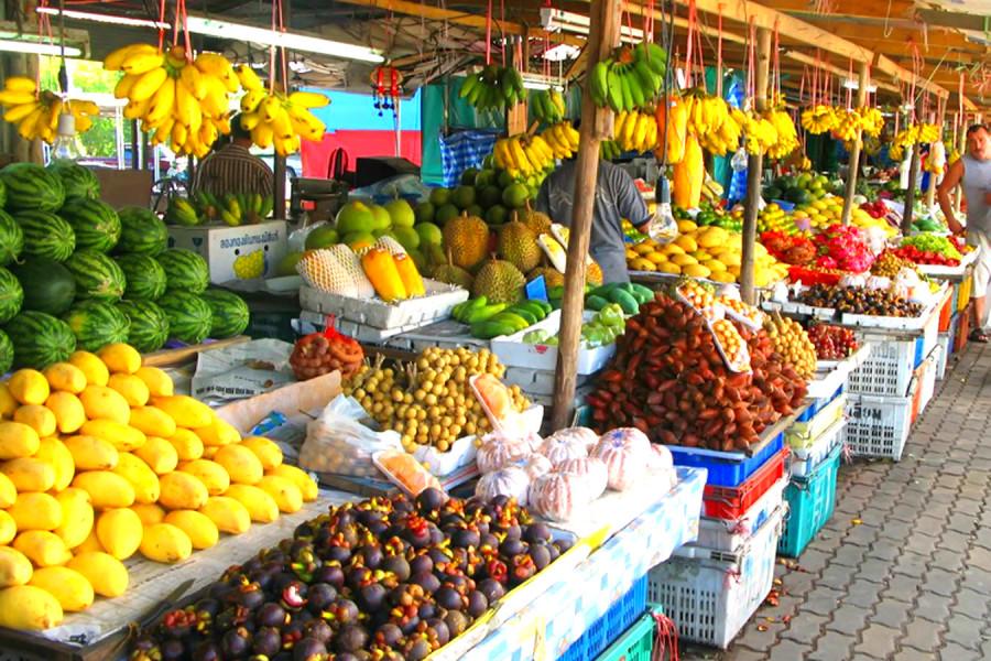 Поменьшей мере 30% рыночных площадей отдадут под торговлю продуктами