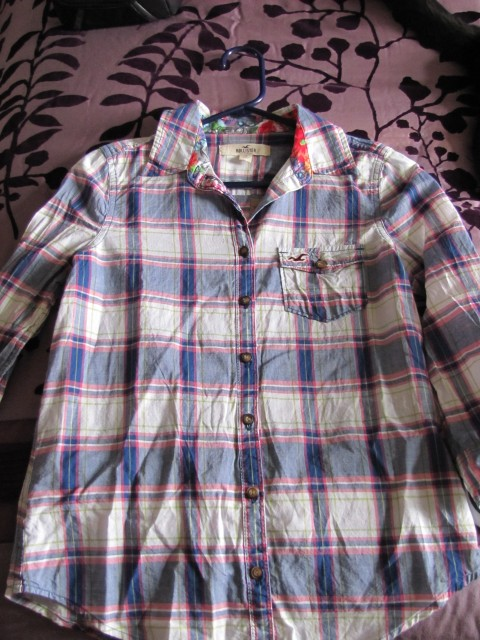 Hollister alternative top for 3.1 Lim Plaid shirt in Eclipse!