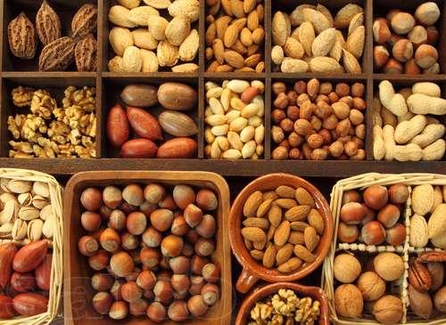 Миндаль и другие орехи