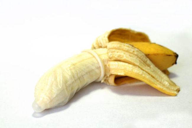 презерватив, чтобы сохранить свежесть продуктов