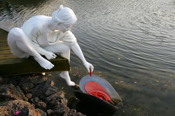 скульптуры секса в Корее