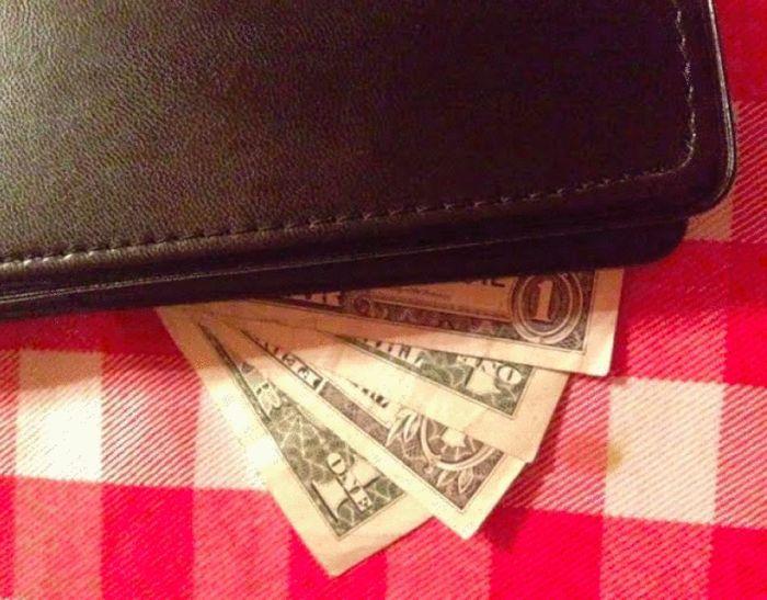 Как оставить щедрые чаевые, не пострадав при этом финансово