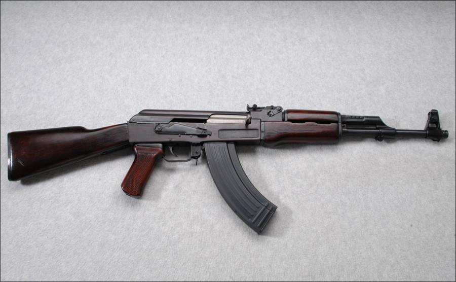 Чье оружие было у террористов нападавших на отель в Тунисе
