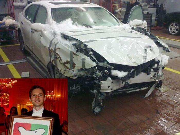 разбитая машина Дурова