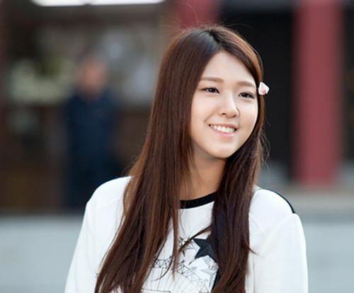 aoa-seolhyun-2