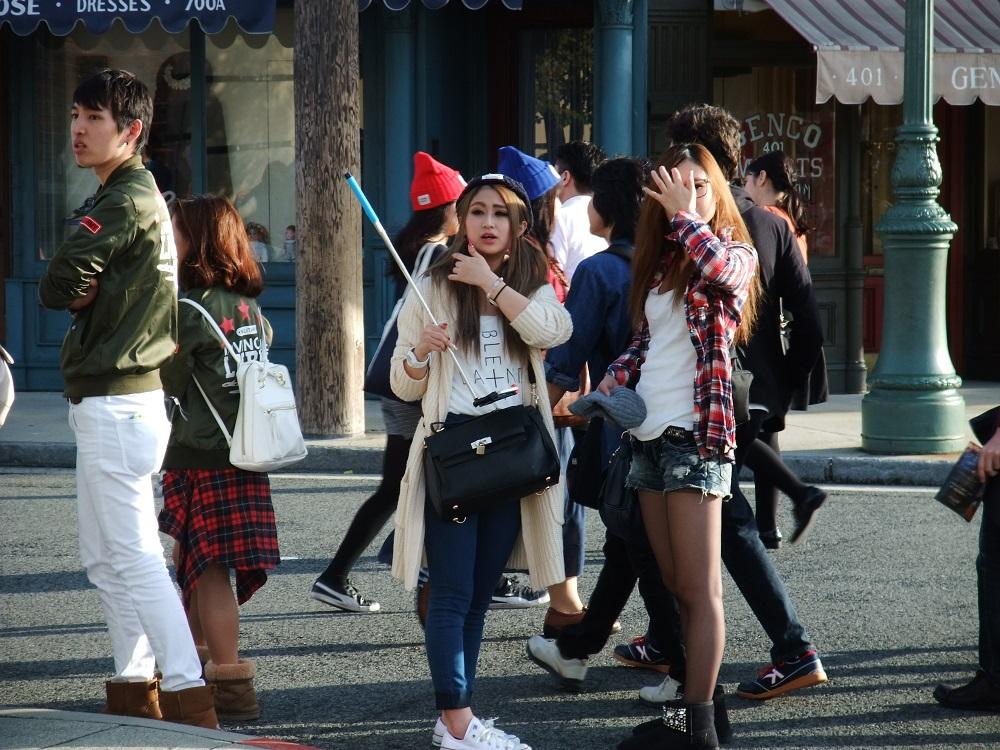 Японцы издеваются над жопой фото 675-313