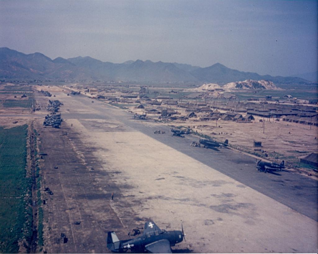 AerialviewoffacilitiesandaircraftatK-1anairfieldinPusanSouthKorea
