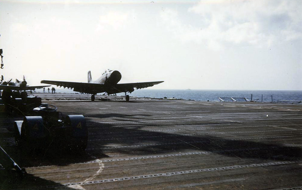 AnAD-4SkyraiderofAttackSquadronVA728readytolaunchfromthecarrierAntietamCV36foracombatmissionoverKorea