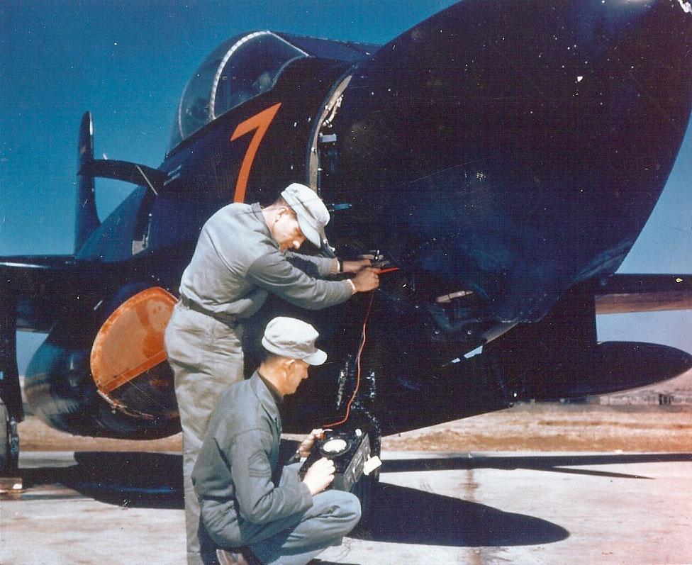 CrewmembersofMarineSquadronVMFN-513serviceaDouglasF3DSkyknightinPyeongtaekKoreaK-6