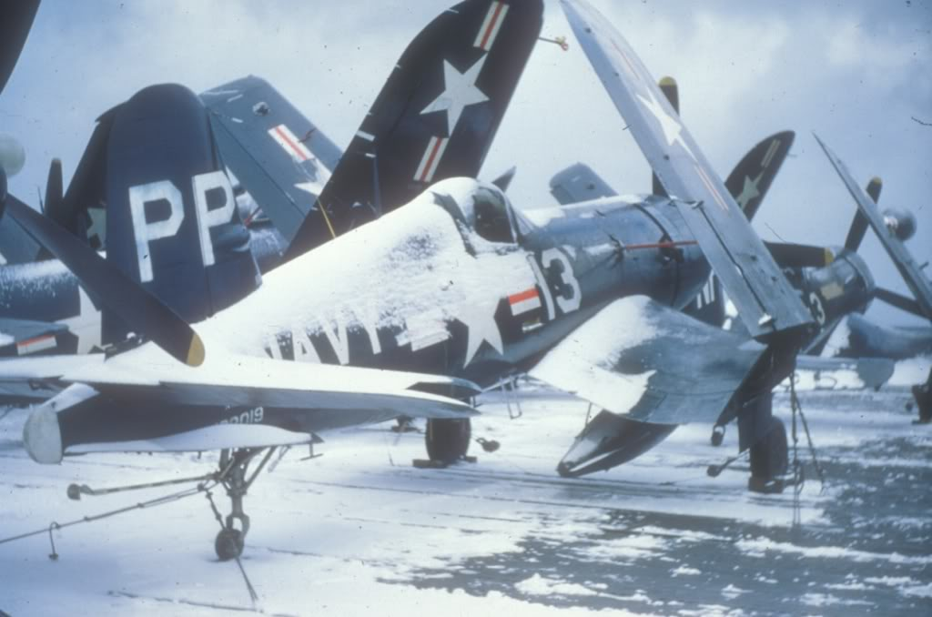 F4U-4P-VC-61-Phillipine-sea-Korea
