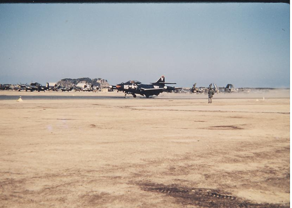F9F-2BPantheraircraftofVF-93onthegroundatK-1Korea