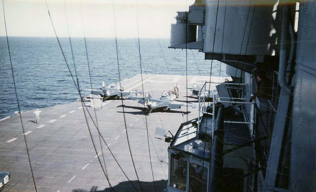 F9F-2BPanthersbeforecatapultlaunchfromthecarrierAntietam
