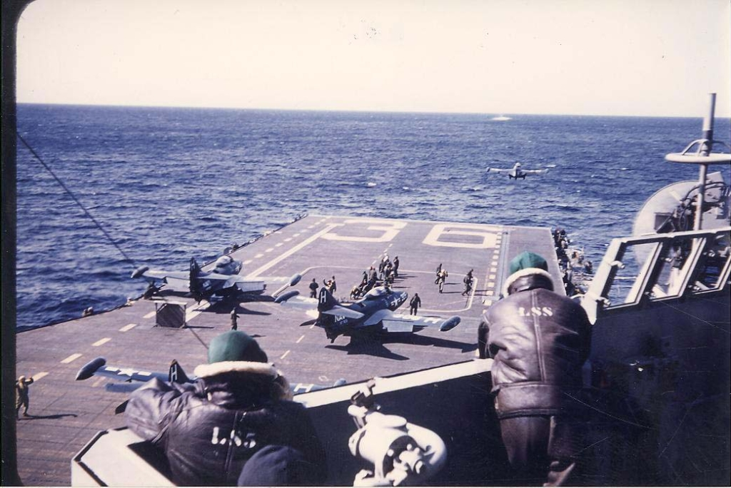 F9F-2BPanthersofFighterSquadronVF831picturedlaunchingfromAntietamCV36formissionsoverKoreaasseenfromthecarriersisland
