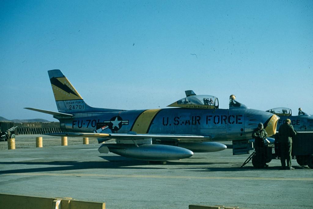 F-86F-30-NASabre52-4701-Korea
