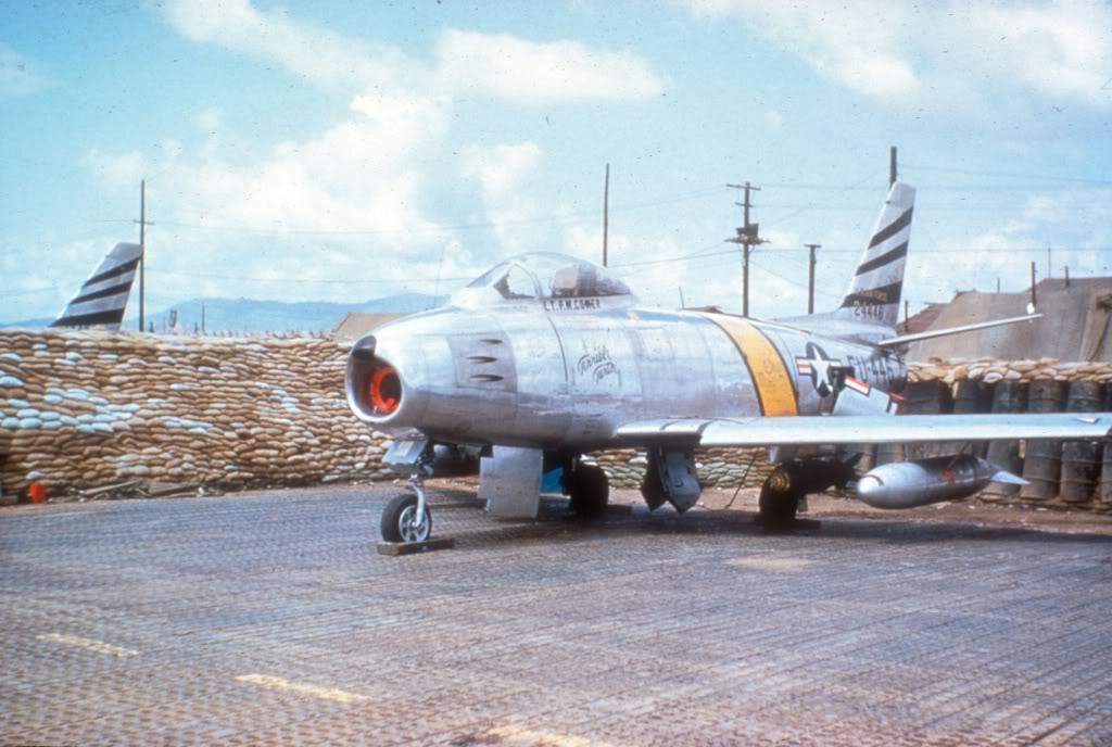F-86F-Korea-1