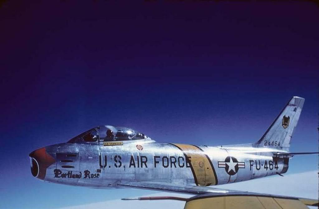 F-86-FU-464
