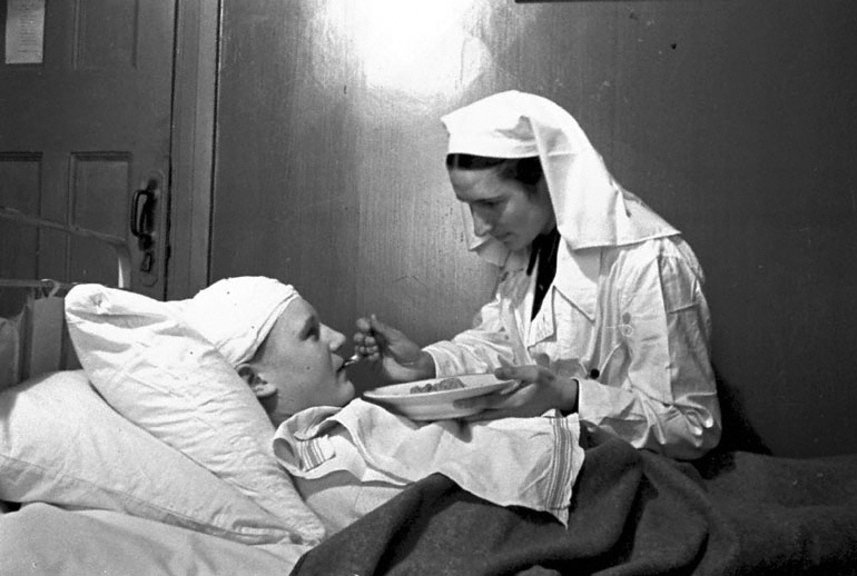 Старшая медсестра Козлова