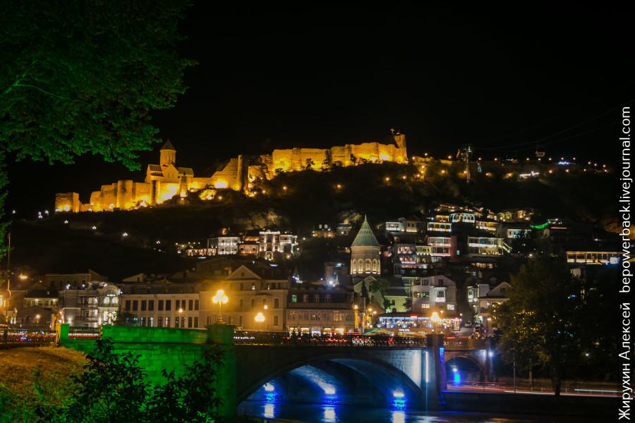 Яркий, колоритный и вкусный Тбилиси Тбилиси, города, город, через, время, который, улице, платная, отличии, стоял, Саакашвили, находится, парковка, стоит, кажется, можно, Авлабари, хочется, просто, центра