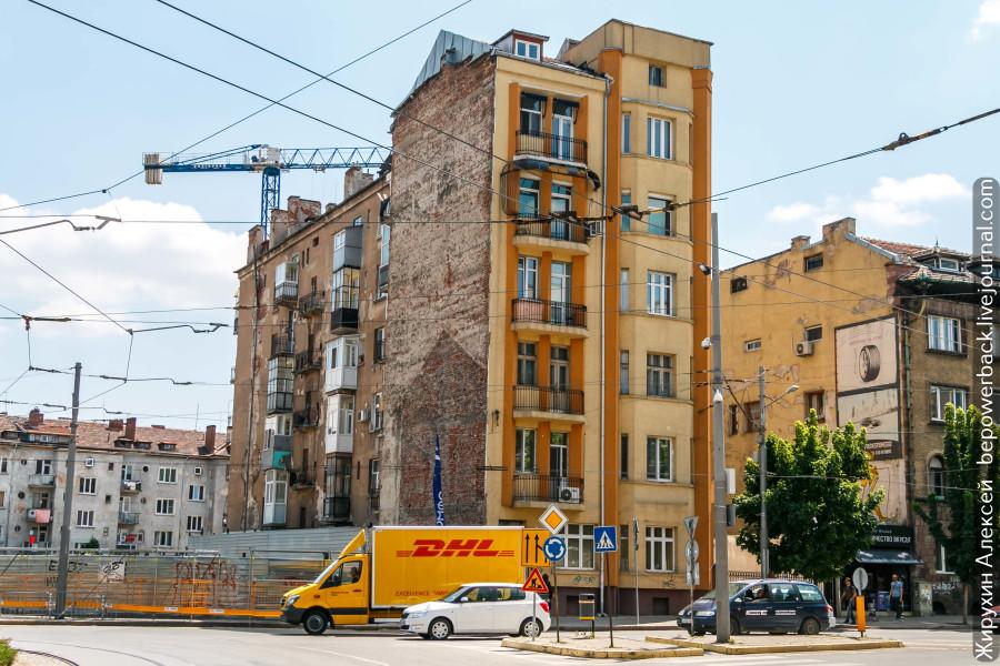 Разруха и стрит-арт Софии города, Софии, такое, граффити, видимо, делали, время, рядом, одной, центр, httpsbepowerbacklivejournalcom89090html, Источник, больше, давно, этажа, Очень, молчит, раньше, часть, этого