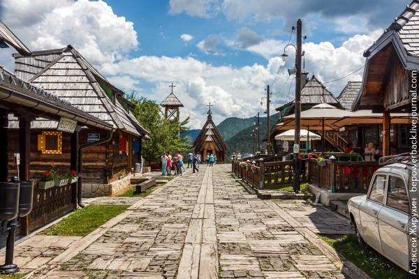 Дрвенград (Кустендорф) - город в Сербии, который построил Кустурица