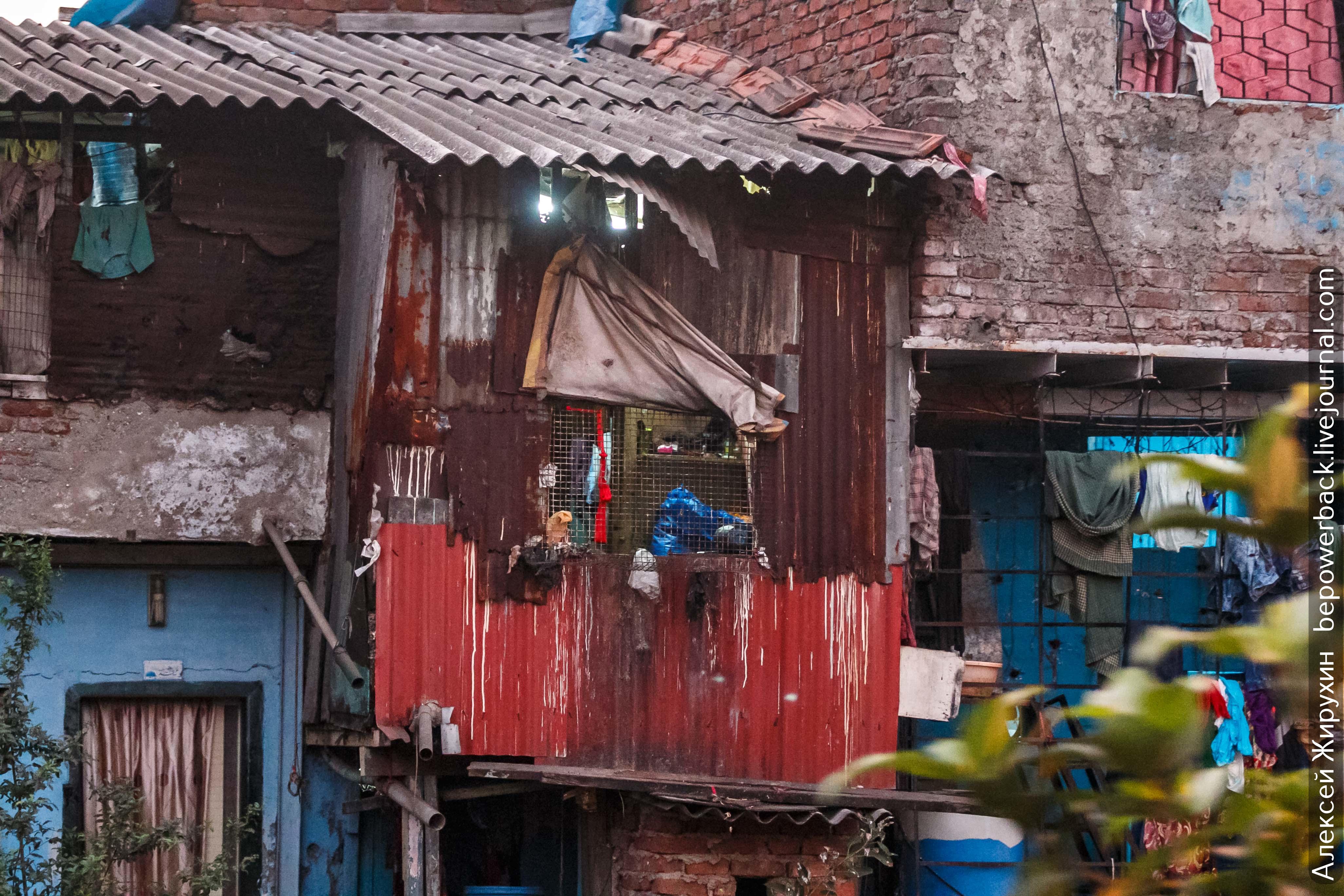 требовала жилье бедняка фото установка стальных бронированных