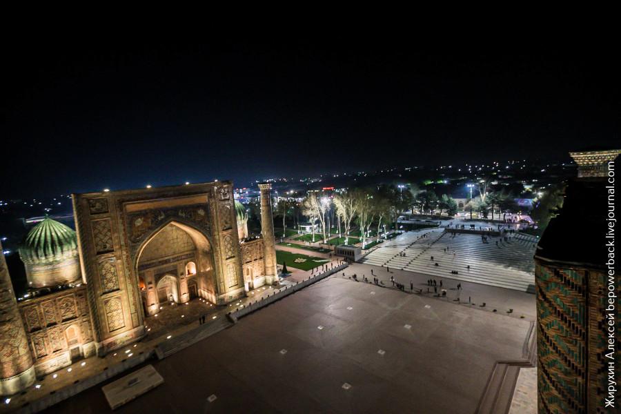 Как мы забирались на минарет Регистана
