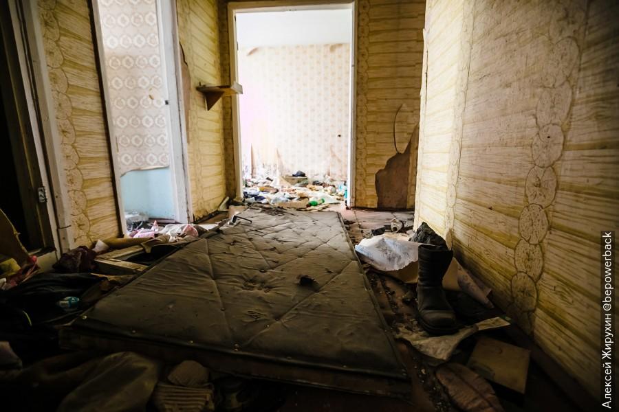 Как мы одни ночевали в мертвом заброшенном городе Кадыкчане IMG_2185.jpg