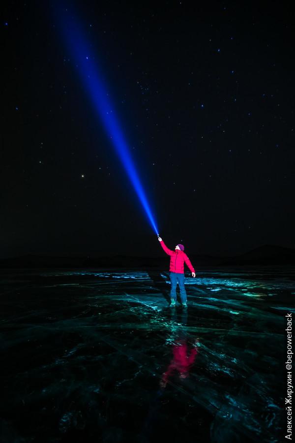 Съездил поснимать лед ночного Байкала. Показываю, что получилось и как это