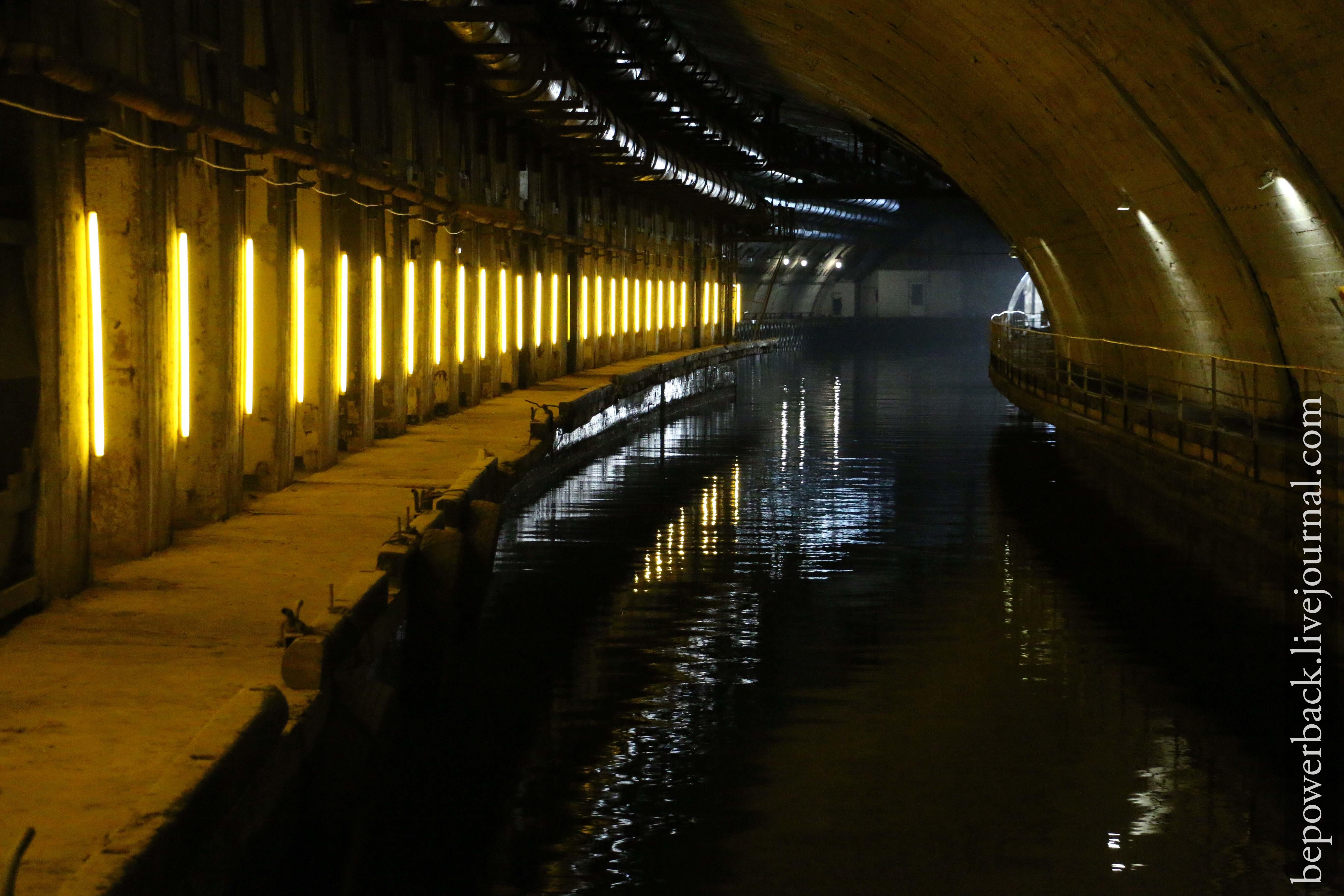 жители россии балаклава база подводных лодок фото скрывается