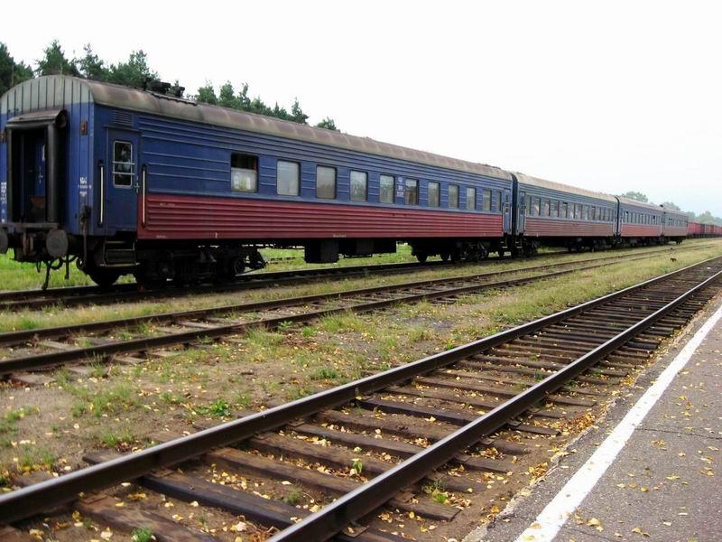 Наш поезд в Угличе