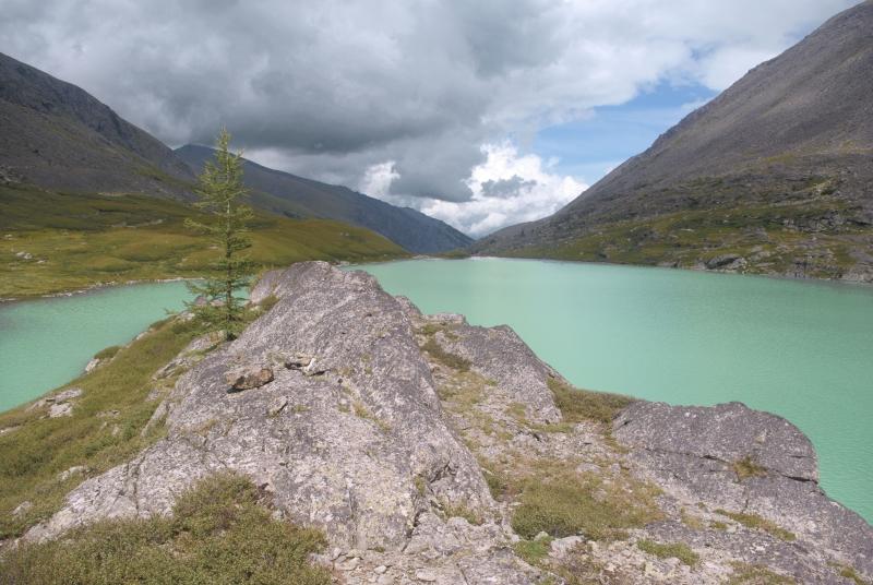 Островок на озере Акчан
