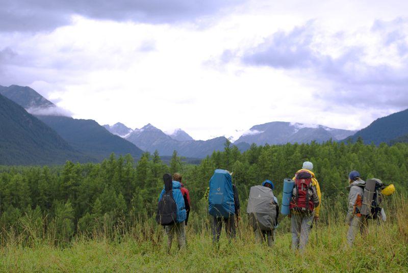 Группа прощается в горами