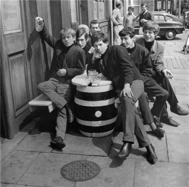 Группа-The-Rolling-Stones-в-1963-году