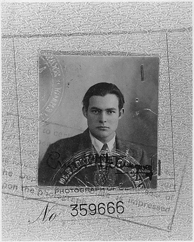 Фото-на-паспорт-Эрнеста-Хемингуэя-1923-год
