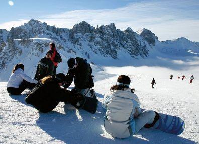 stubaital-skigebiet-snowboarder-247704-396-286-