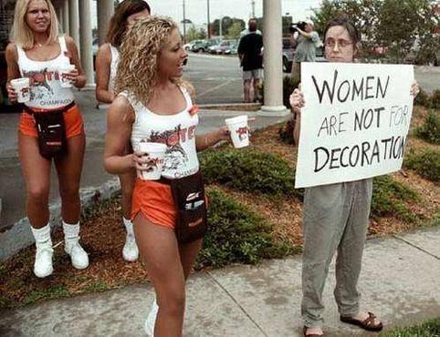 Феминистки идут на йух!