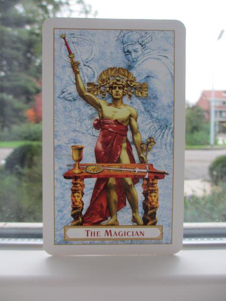 Tarot of Prague, Magiër