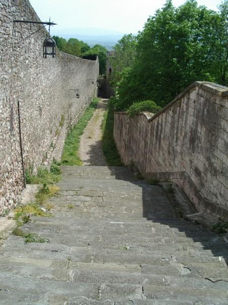 Assisreis Clara van Assisi poort