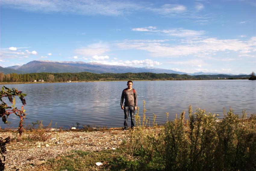 пицунда озеро инкит платная рыбалка