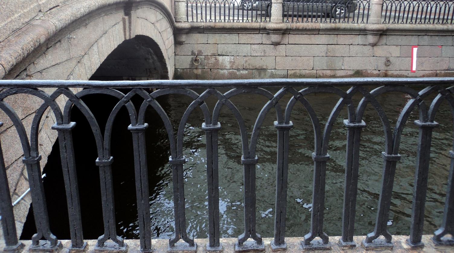 Копия Вода Зимней канавки. 2012