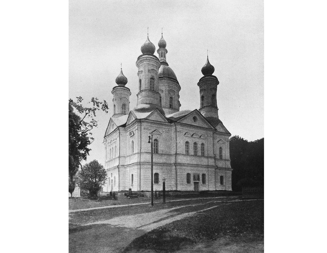 Успенский храм свенского монастыря.png
