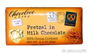 2015-12-14_14-12_Chocolove, Pretzel in Milk