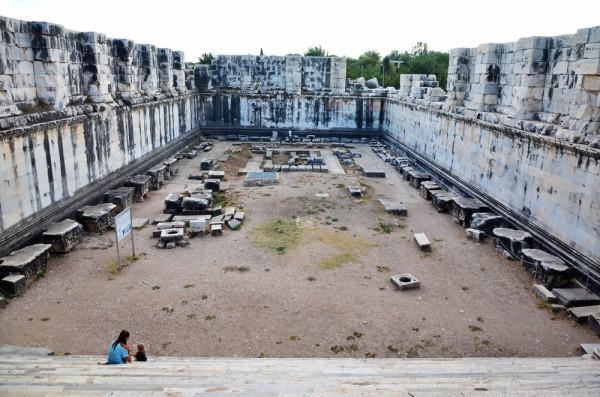 Temple-of-Apollo-Didyma-21