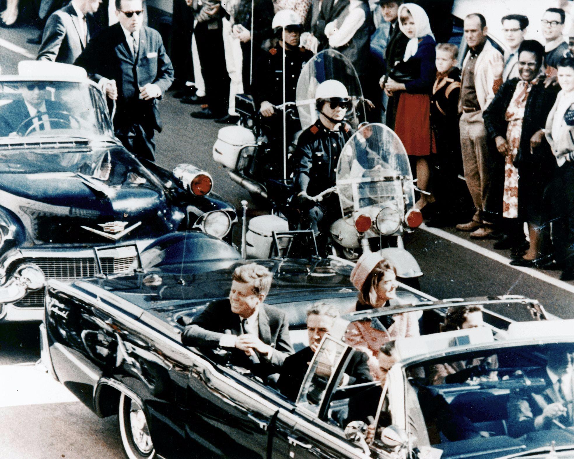 Кеннеди в лимузине