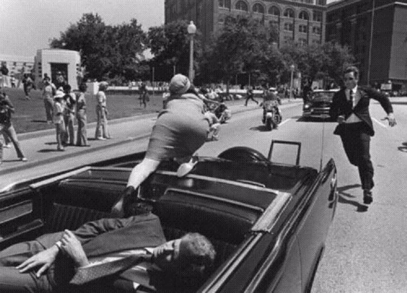 Кеннеди застрелили